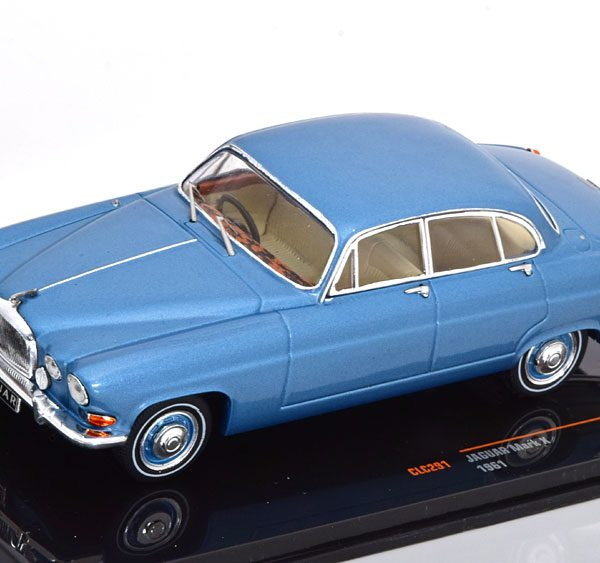 Jaguar Mark X 1961 Blauw Metallic 1-43 Ixo Models