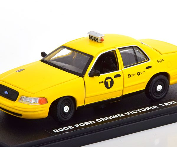 "Ford Crown Victoria 2008 ""Movie John Wick 2"" Geel 1-43 Greenlight Collectibles"