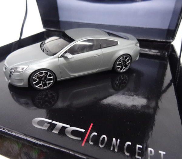 Opel Insignia GTC Concept Matgrijs 1:43 Schuco Giftbox