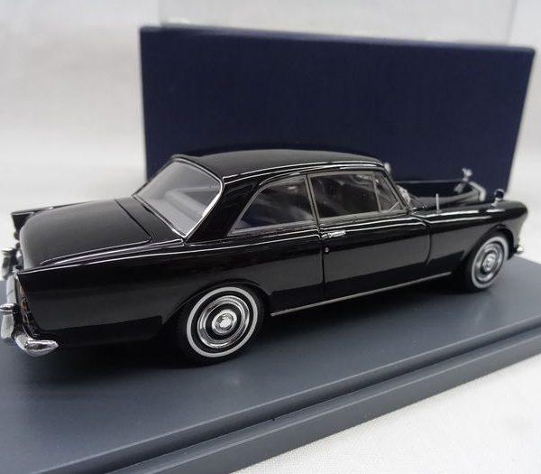 Rolls-Royce Silver Cloud III Mulliner Park Ward FHC 1965 1:43 Zwart Neo Scale Models
