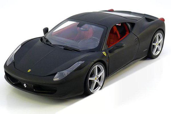 Ferrari 458 Italia Mat Zwart 1:18 Hotwheels