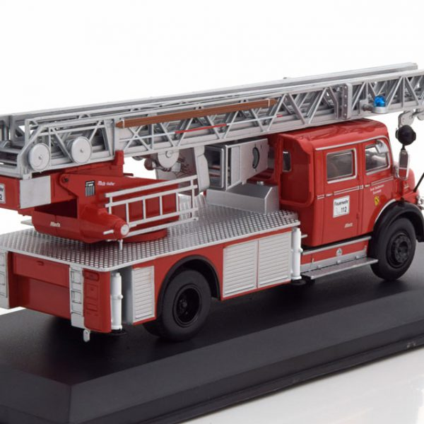 Mercedes-Benz L1113 Germany Fire Brigade Rood 1-43 Ixo Models