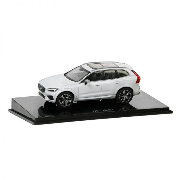 Volvo CX60 Crystal White 1-43 Kyosho