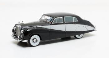 Freestone & Webb Design #3206 4-deurs Saloon 1957 Zwart/Zilver 1-43 Matrix Scale Models Limited 408 pcs.