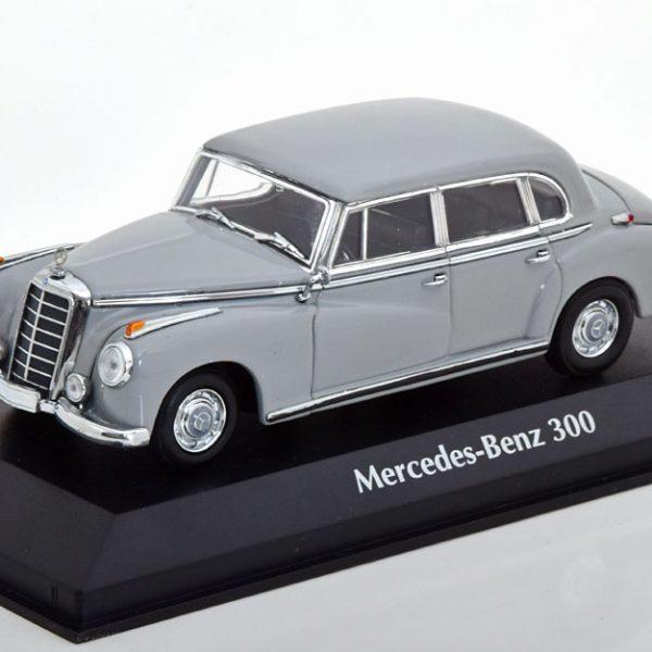 Mercedes-Benz 300 (W186) 1951 Grijs 1-43 Maxichamps