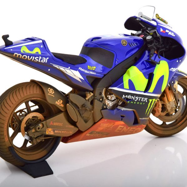 Yamaha YZR-M1 Moto GP Malaysia 2017 Valentino Rossi 1-12 Minichamps Dirty Version, Limited 1002 Pcs