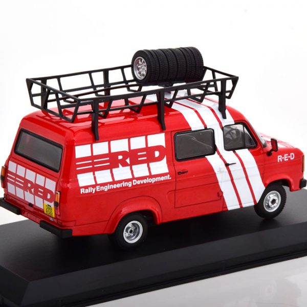 Ford Transit MKII R.E.D Assistance 1985 Rood 1-43 Ixo Models