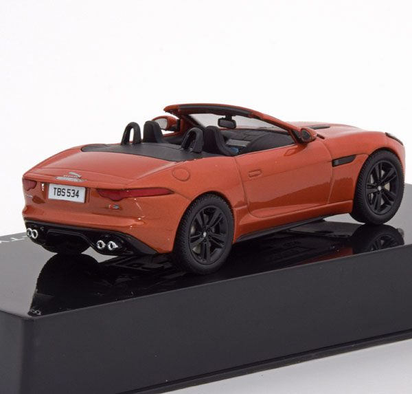 Jaguar F-Type V8-S Roadster 2016 Oranje Metallic 1-43 Ixo Models