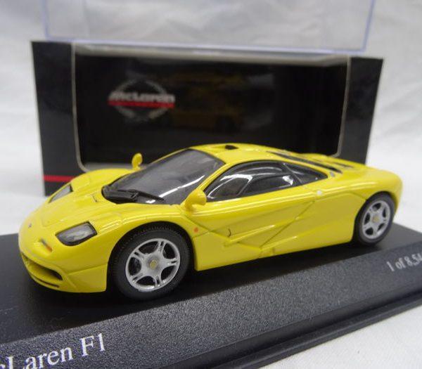McLaren F1 Geel 1-43 Minichamps