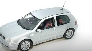 "Volkswagen Golf V GTI ""25th Anniversary"" 2002 Zilver 1-43 DNA Collectibles Limited 320 Pieces"