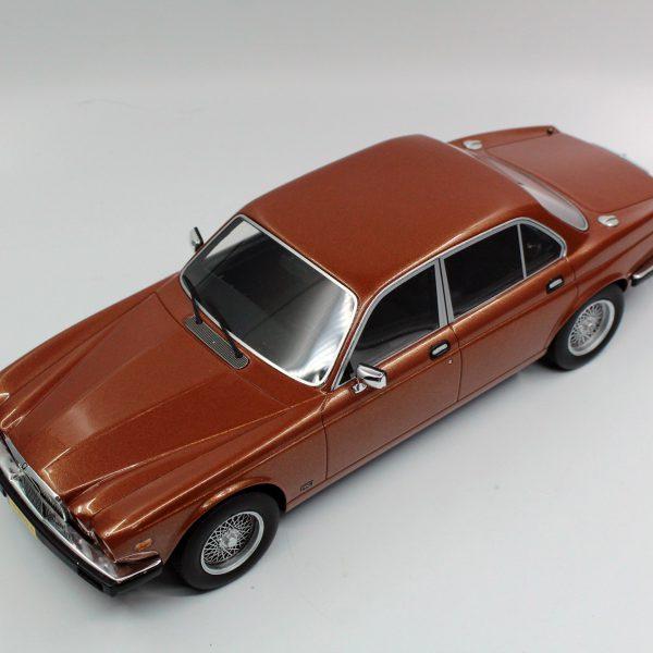 Jaguar XJ6 1982 Brons Metallic 1-18 LS Collectibles Limited 250 Pieces