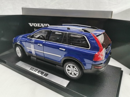Volvo XC90 V8 Blauw 1-18 Welly