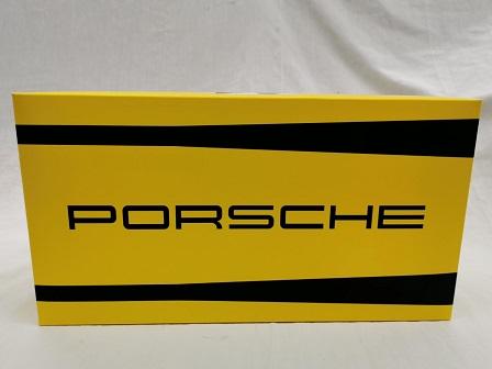Porsche 911 S/T 2.5 #41 24Hrs LM Winner 1972 GT CLASS Toad Hall Racing 1-18 Geel Spark Limited 500 pcs.