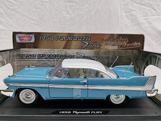 Plymouth Fury 1958 Blauw 1-18 Motormax