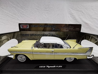 Plymouth Fury Coupe 1958 Geel 1-18 Motormax