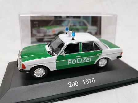 Mercedes-Benz 200 1976 Polizei ( W123 ) Groen / Wit 1-43 Altaya Mercedes Collection