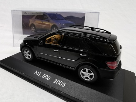 Mercedes-Benz ML 500 2005 Zwart 1-43 Altaya Mercedes Collection