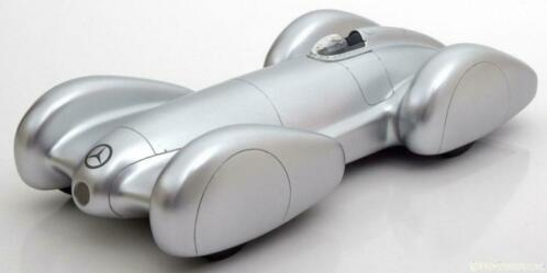 Mercedes-Benz W154 Rekordwagen 1939 Zilver 1-18 BOS Models Limited 1000 Pieces