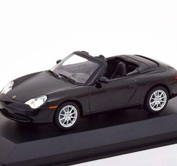 Porsche 911 Cabriolet ( Type 996 ) 2001 Zwart Metallic 1-43 Maxichamps