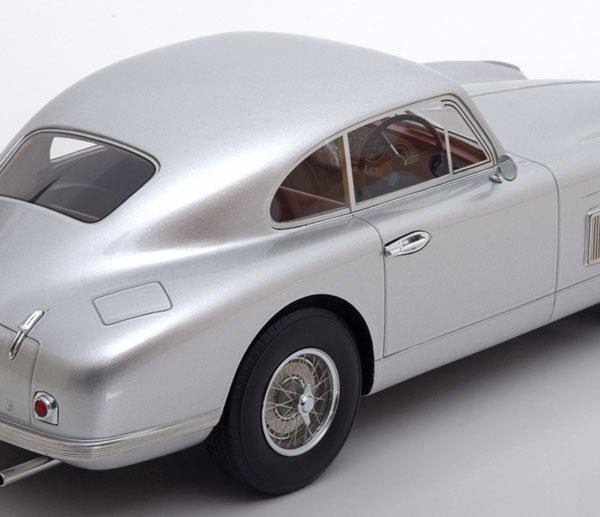 Aston Martin DB2 FHC Coupe Zilver 1-18 BOS Models Limited 1000 Pieces