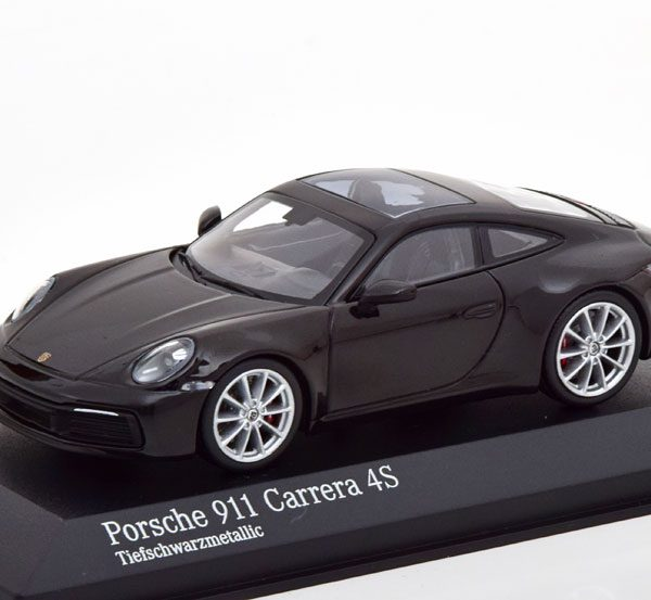 Porsche 911 Carrera 4S Coupe ( 992 ) 2019 Zwart Metallic 1-43 Minichamps Limited 480 Pieces