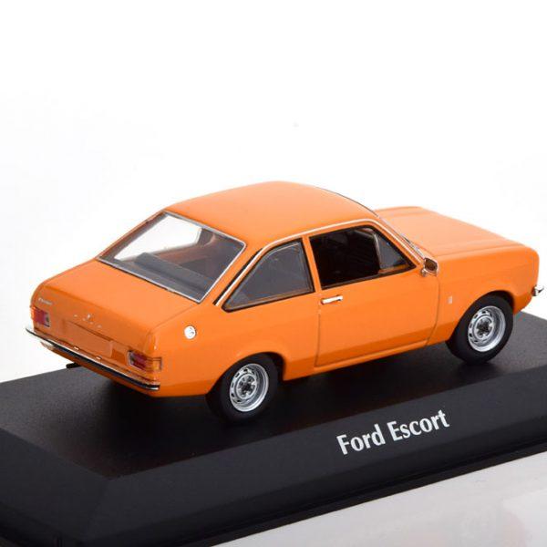 Ford Escort 1975 Oranje 1-43 Maxichamps