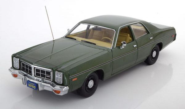 Dodge Monaco Hunter 1977 Groen 1-18 Greenlight Collectibles