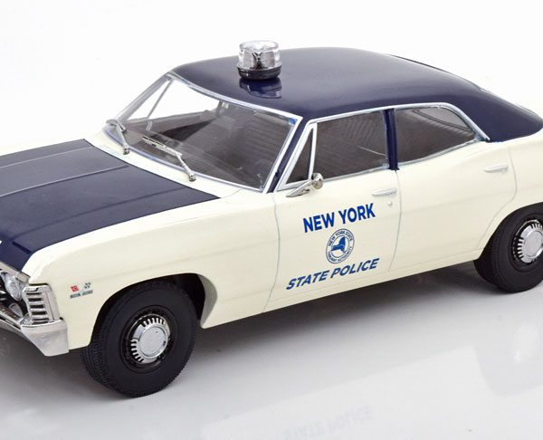 Chevrolet Biscayne New York State Police 1967 1-18 Greenlight Collectibles