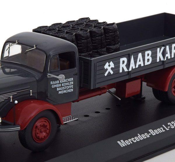 """Mercedes-Benz L325 """"Raab Karcher"""" Grijs / Rood 1-43 Ixo Models"""