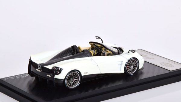 Pagani Huayra Roadster 2017 1-43 Wit Almost Real Limited 504 pcs.