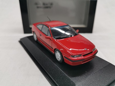 Opel Calibra 2.0 L 1990 Rood 1-43 Minichamps Limited 3024 Pieces