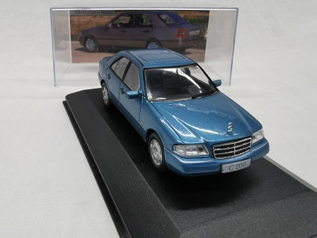 Mercedes-Benz C200 ( W202 ) 1994 Blauw 1-43 Altaya Mercedes Collection