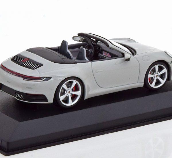Porsche 911 (992) Carrera 4S Cabrio 2019 Grijs 1-43 Minichamps Limited 300 Pieces