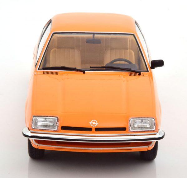 Opel Manta B 1975 Oranje 1-18 MCG Models