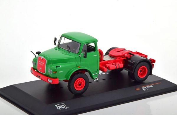 MAN 19.280H 1971 Groen / Rood 1-43 Ixo Models