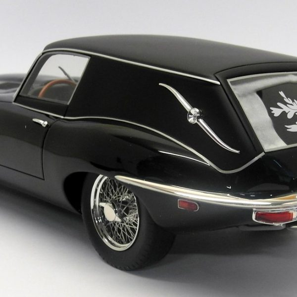 Jaguar E-Type Station Wagon H&M Black 1-12 Schuco Limited 500 Pieces