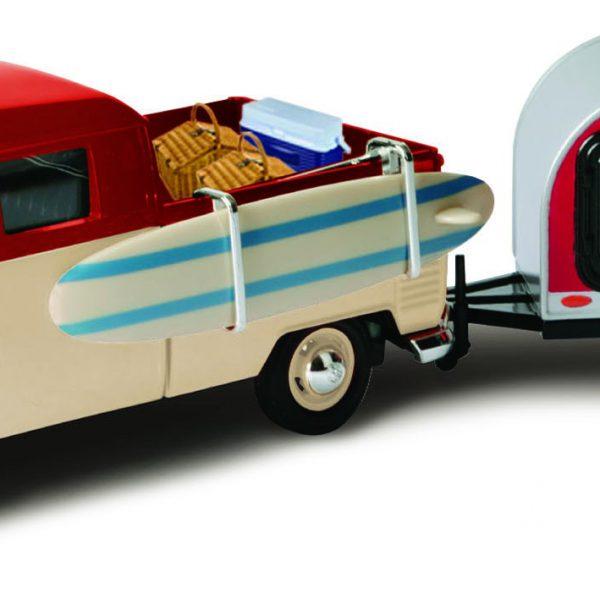 Volkswagen T1 Type 2 Surf Pick Up + Tear Drop Trailer 1-24 Motormax