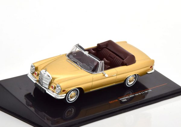 Mercedes-Benz 280 SE 3.5 ( W111 ) Cabriolet 1969 Goud Metallic 1-43 Ixo Models
