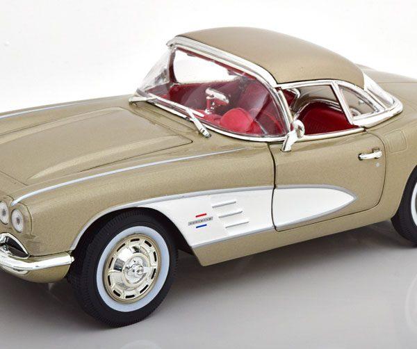 Chevrolet Corvette Coupe 1961 Grijs Metallic 1-18 Ertl Autoworld Limited 1002 Pieces