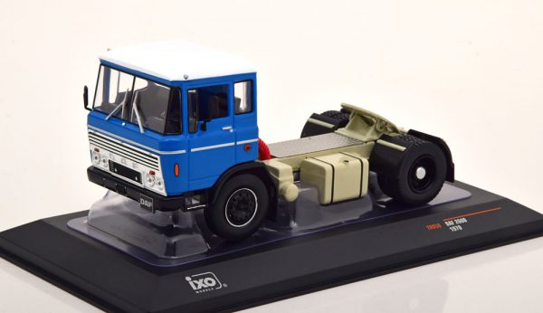 Daf 2600 1970 Blauw 1-43 Ixo Models