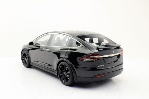 Tesla Model X Zwart met zwarte Velgen 1-18 LS Collectibles Limited 250 Pieces