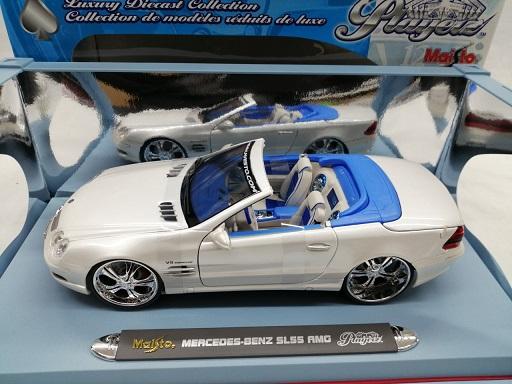 "Mercedes-Benz SL 55 AMG Convertible ""Playerz ""Parelmoer Wit 1-18 Maisto"