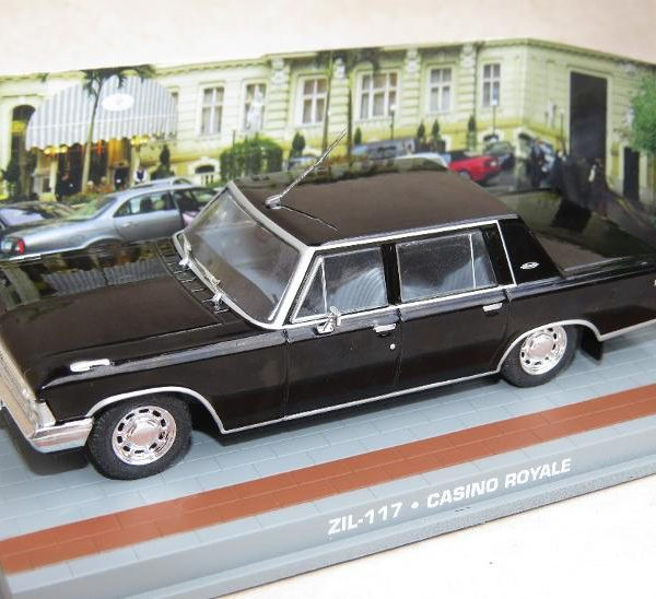 "Zil 117 Zwart ""Casino Royale""1-43 Altaya James Bond 007 Collection"