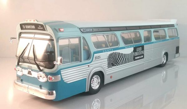 General Motors 1960S TDH #2525 Los Angeles, ( Speed (1994) )California Downtown Bus 1-43 Greenlight Collectibles