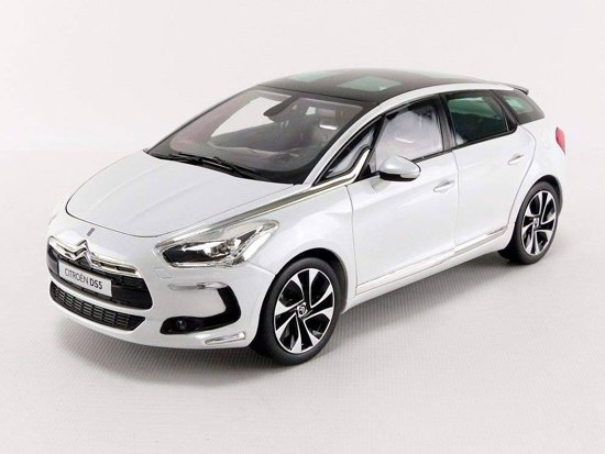 Citroen DS5 2011 Pearl White 1-18 Norev