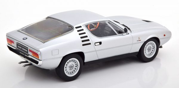 Alfa Montreal 1970 Zilver 1-18 KK Scale Limited 750 Pieces