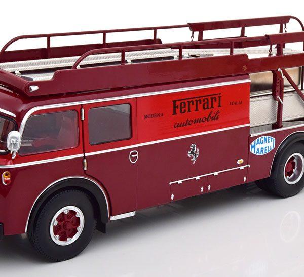 "Fiat 642 RN2 Bartoletti ""Ferrari Renntransporter"" 1957 Rood 1-18 CMR Models"