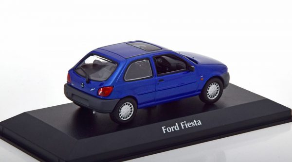Ford Fiesta 1995 Blauw Metallic 1-43 Maxichamps