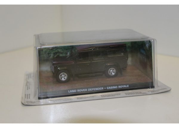"Land Rover Defender "" Casino Royale ""1-43 Altaya James Bond 007 Collection"