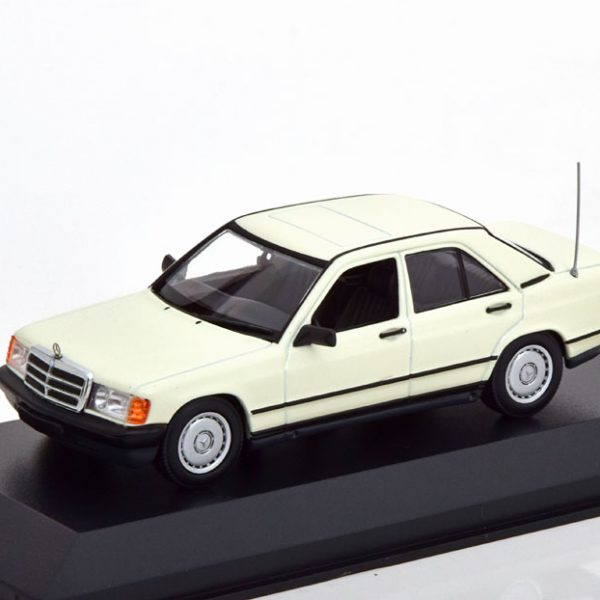 Mercedes-Benz 190E 1984 Wit 1-43 Maxichamps